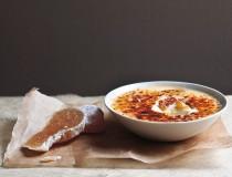Crème brûlée mit kandiertem Ingwer