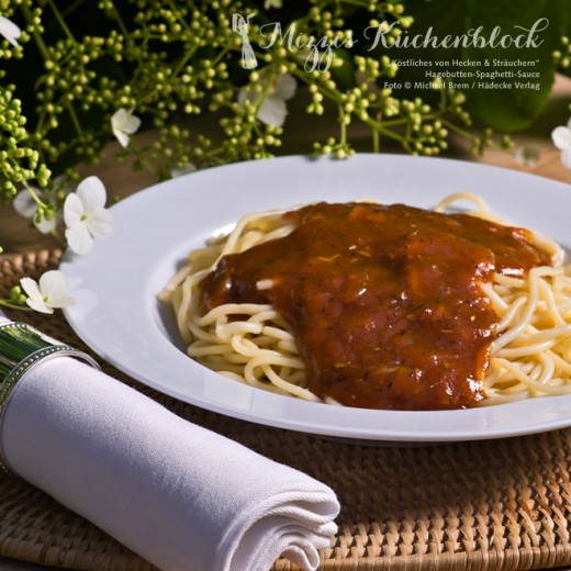 Hagebutten-Spaghetti-Sauce