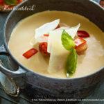 Knoblauchcremesuppe mit Parmesan