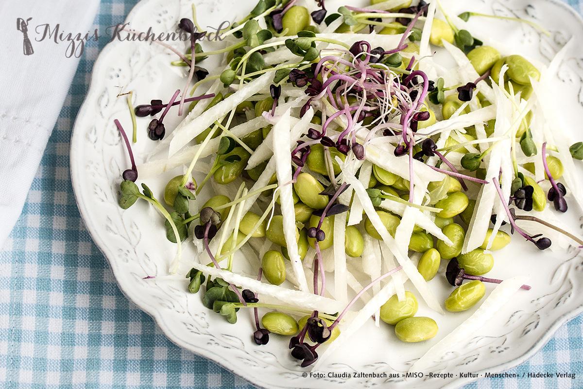 Edamame Salat mit Rettich und Miso-Dressing